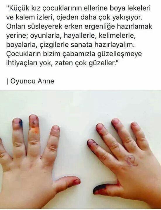 Kız çocuklarının ellerine boya lekeleri ve kalem izleri…